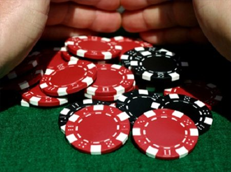 Roulette and Poker Live